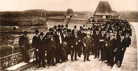 Laying the foundation stone of the Fürwigge Reservoir on October 3, 1902.